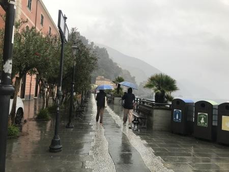 天気が悪くても旅の楽しみを見つける事_a0136671_04120367.jpeg