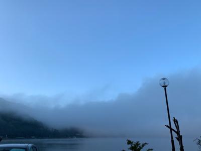 濃霧で。。_f0125182_08354778.jpg