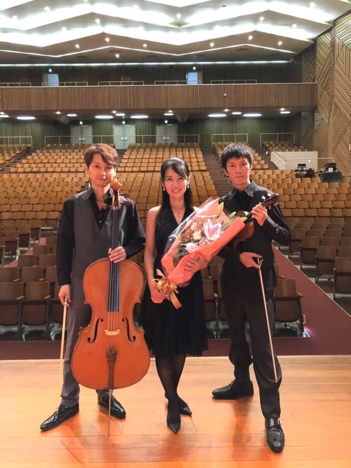 横浜雙葉中学高校でのコンサート無事終了!_e0030586_12142779.jpg