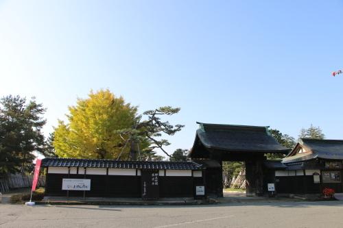 上杉伯爵邸(上杉記念館)の朝、2019.10.31_c0075701_09452103.jpg
