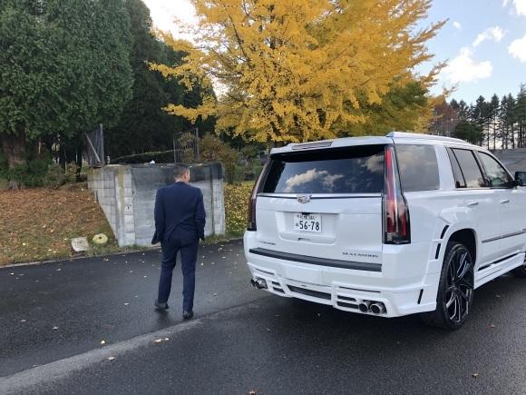 10/31(木) エスカレード並行新車♡ ありますよーーー♡ ランクル ハマー アルファード_b0127002_19461902.jpg