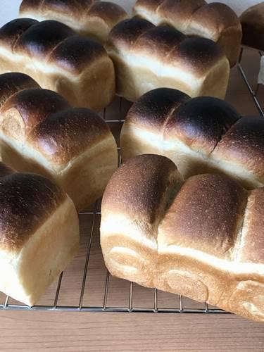 パン教室で「湯種食パンとBLTサンド」_a0165538_09523513.jpg