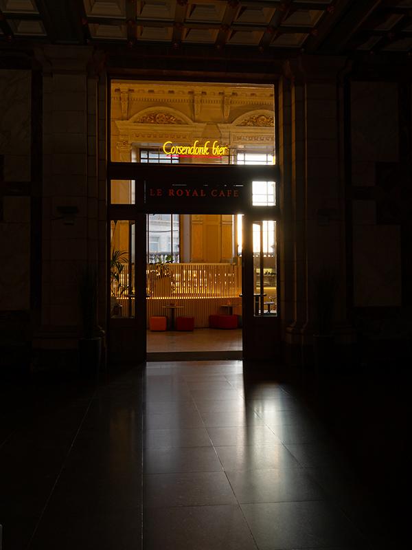 ベルギー・12 夜のアントウェルペン中央駅_a0003650_23095564.jpg