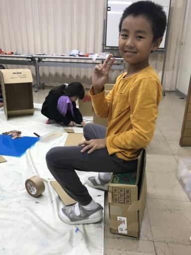 段ボール〜材料集め・作品の行方・エンドまで_d0076558_21250003.jpeg