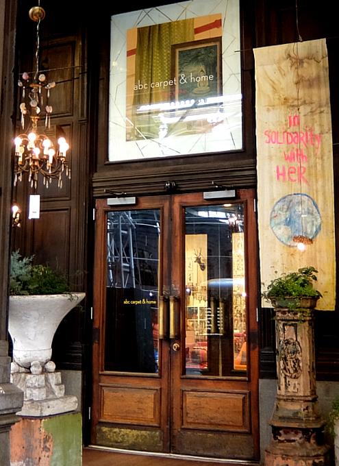 Union Sq.北側エリアで、ニューヨークの老舗の名店めぐり_b0007805_06474766.jpg