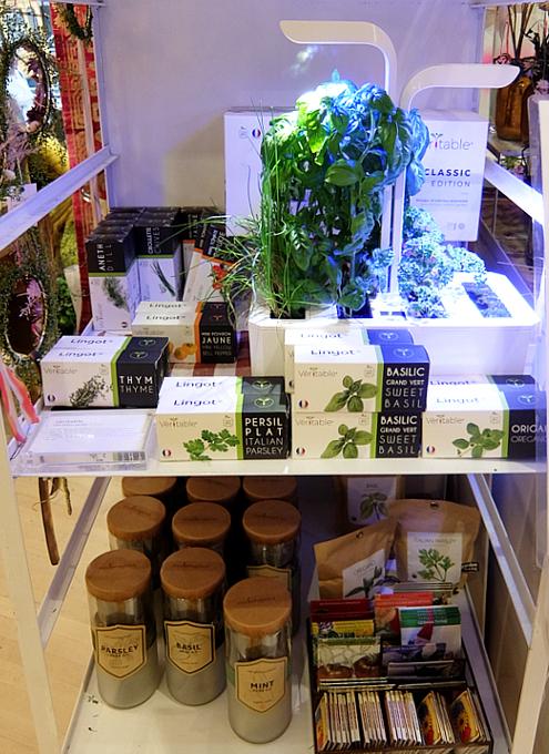 『室内で新鮮な野菜やハーブを育てる』のは世界的なトレンドかも?_b0007805_10051176.jpg