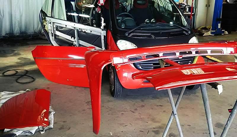 MCCスマート MC011K 駐車場での接触事故 修理_d0345614_17264005.jpg