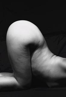 ネイキッドヌード むき出しの裸体_a0072620_14181456.jpg