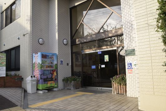 金沢自然動物園の動物病院へ_c0162128_07574731.jpg
