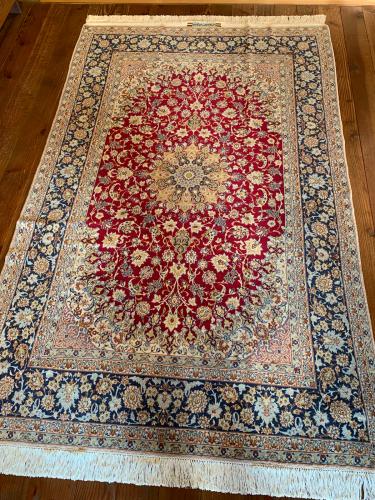 ペルシャ絨毯の房、復元できます‼️_a0071934_22511917.jpg