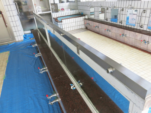 開発鉱泉さま 島シャワー取付工事_f0228240_14120088.jpg