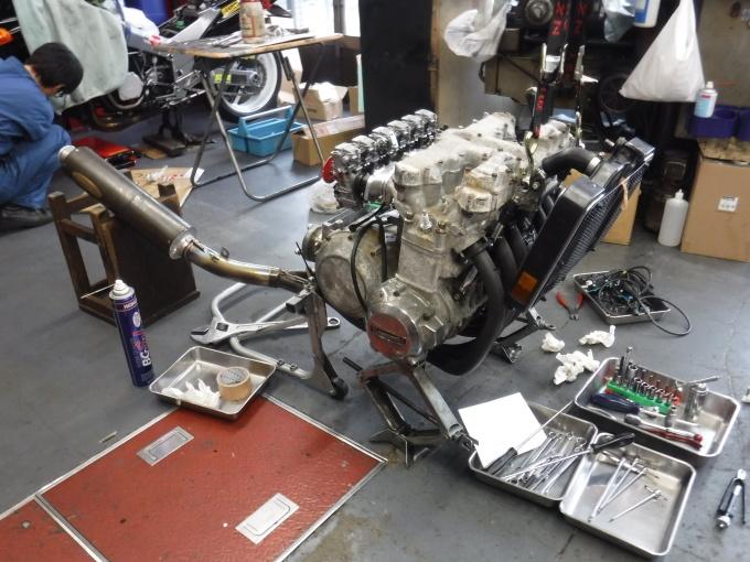 KAWASAKI KZ1300・・・エンジンでござります♪その2 _a0163159_23184160.jpg