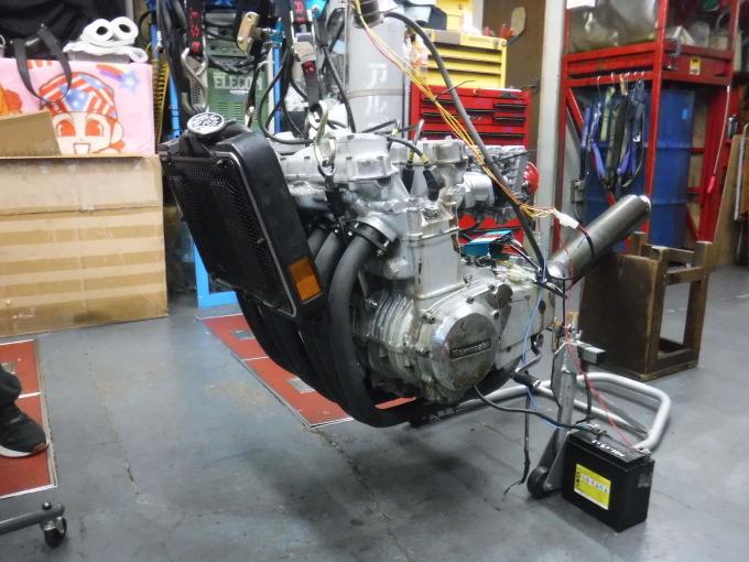 KAWASAKI KZ1300・・・エンジンでござります♪その2 _a0163159_23224990.jpg
