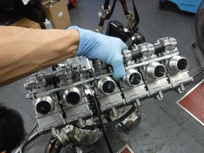 KAWASAKI KZ1300・・・エンジンでござります♪その2 _a0163159_23270726.jpg