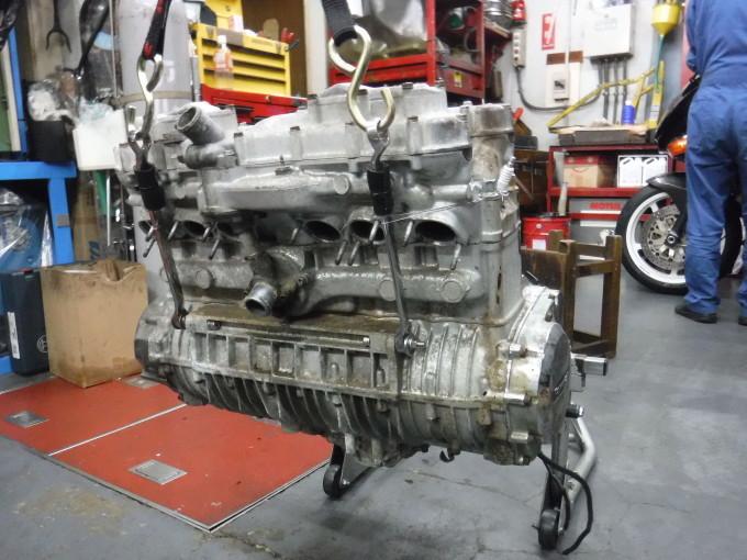 KAWASAKI KZ1300・・・エンジンでござります♪その2 _a0163159_23275937.jpg