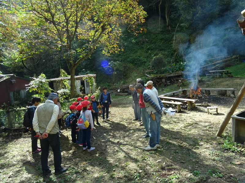 深日小学校2年生遠足「孝子の森探検」サポート _c0108460_16543906.jpg