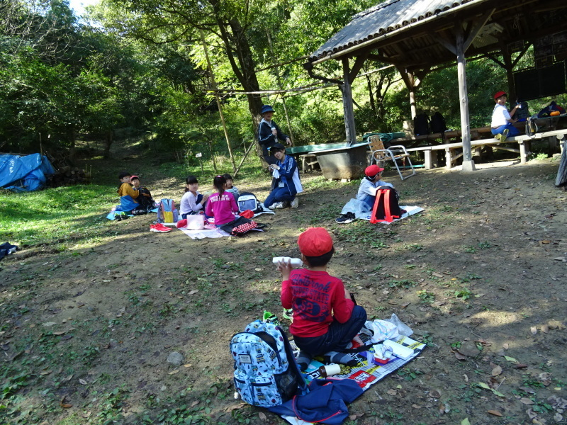 深日小学校2年生遠足「孝子の森探検」サポート _c0108460_17010198.jpg