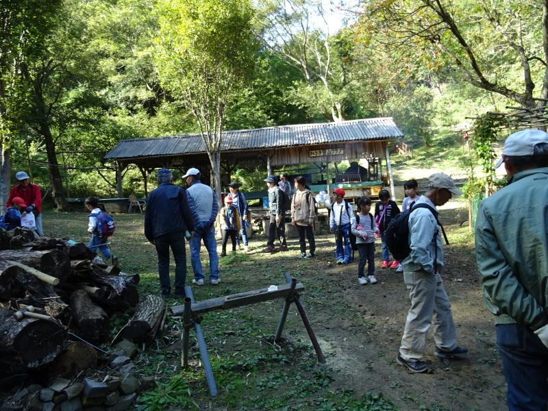 深日小学校2年生遠足「孝子の森探検」サポート _c0108460_17063974.jpg