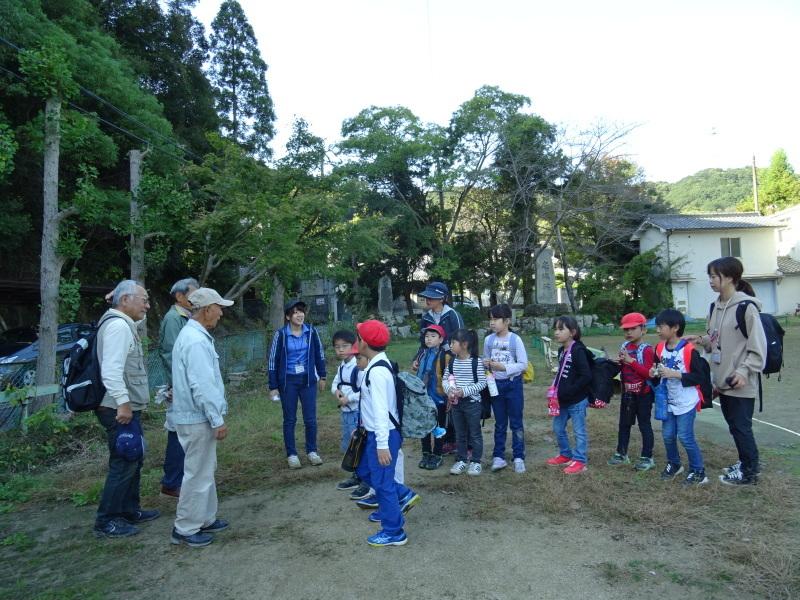 深日小学校2年生遠足「孝子の森探検」サポート _c0108460_17064056.jpg