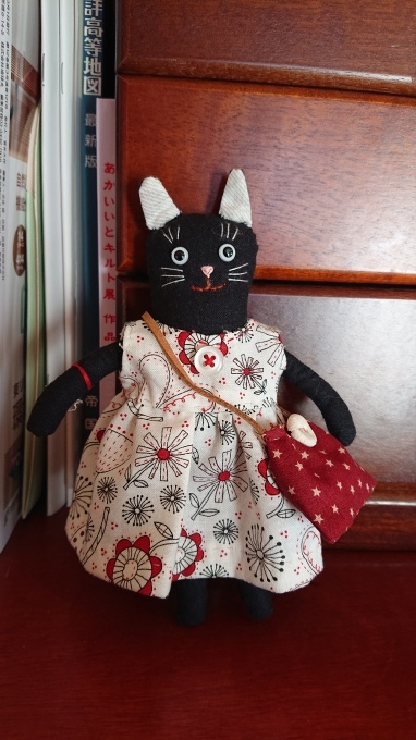 黒ネコのまめネコちゃん完成しました♪_f0374160_20560589.jpg