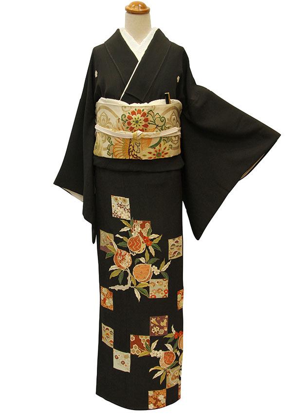 芸術的なアンティーク黒留袖は大羊居製でした_b0098077_13154155.jpg