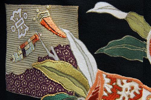 芸術的なアンティーク黒留袖は大羊居製でした_b0098077_13155546.jpg