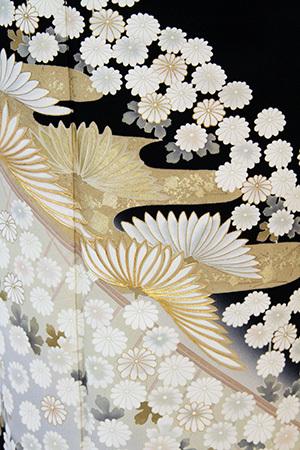 モダンスタイリングな留袖が人気急上昇_b0098077_13205285.jpg