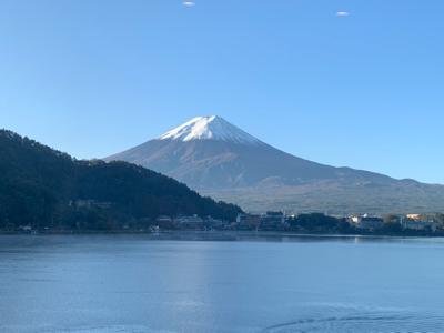 食事会場からの富士山!_f0125182_08000577.jpg