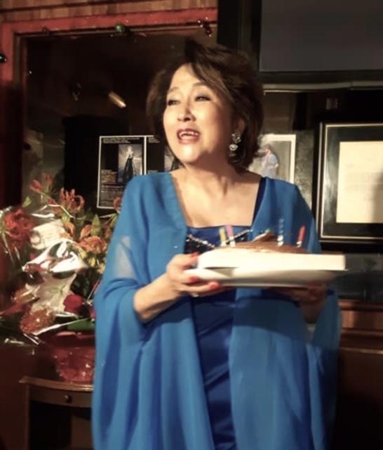 10月30日JHカフェで歌いました~_d0103296_19550392.jpg