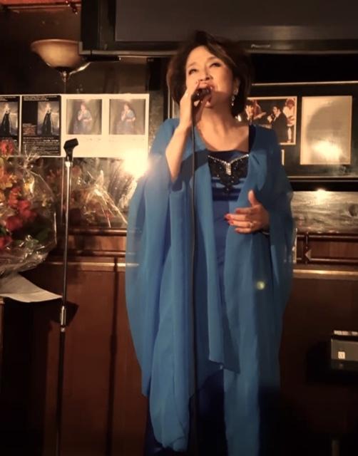 10月30日JHカフェで歌いました~_d0103296_19551648.jpg