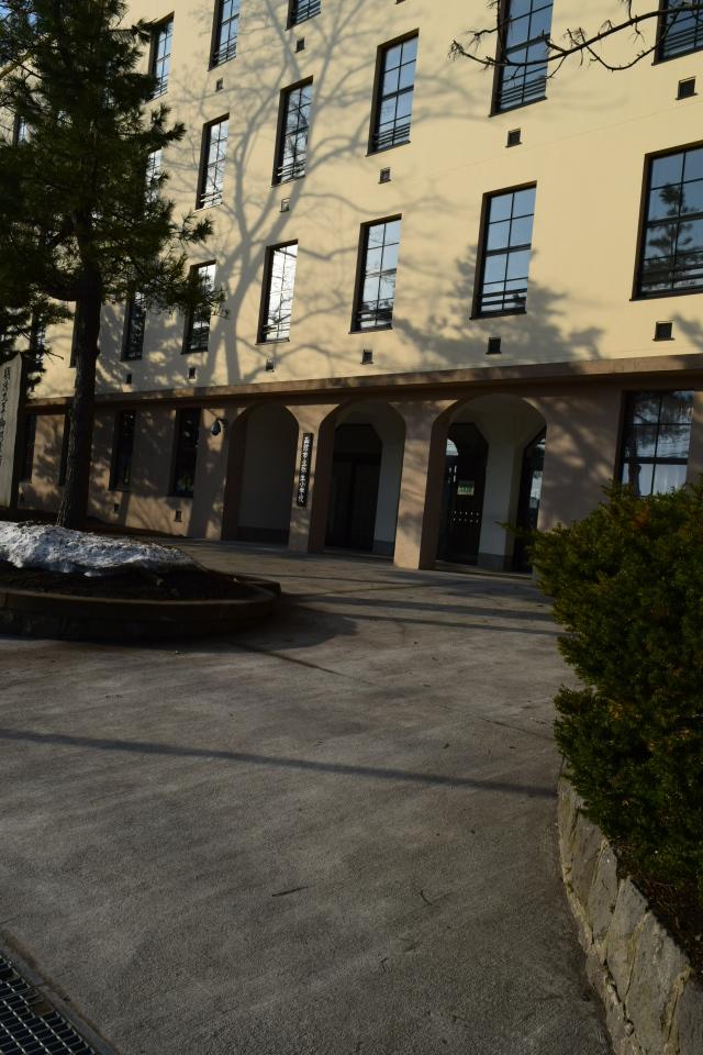 函館市立弥生小学校(函館の建築再見)_f0142606_14595986.jpg