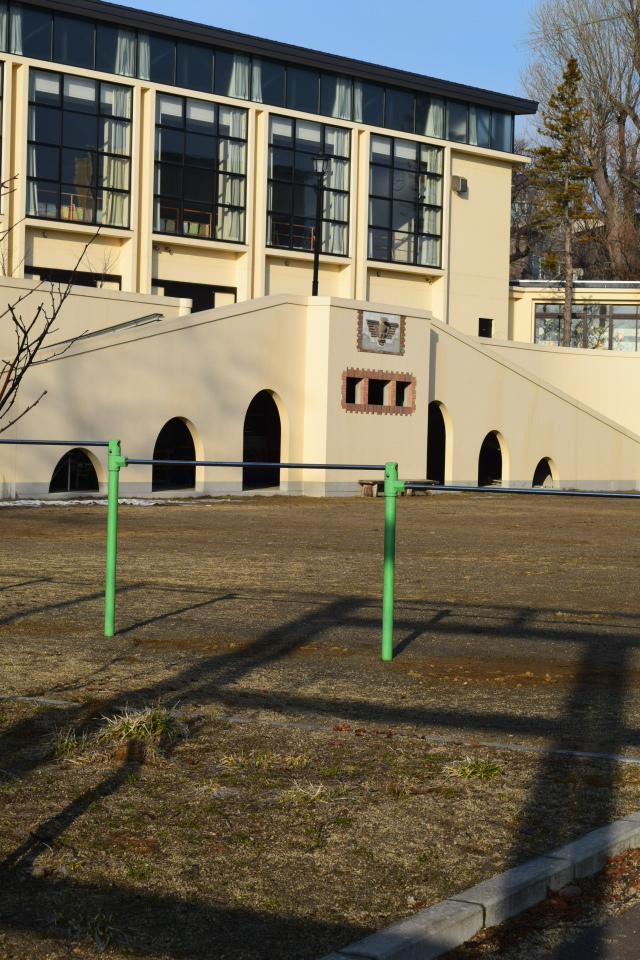 函館市立弥生小学校(函館の建築再見)_f0142606_15064929.jpg