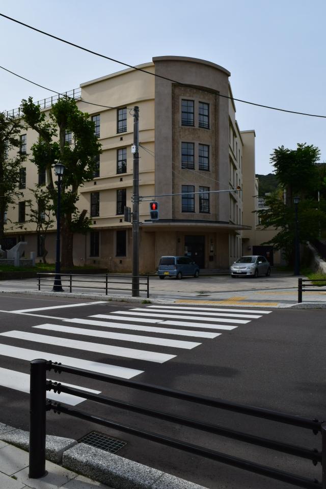 函館市立弥生小学校(函館の建築再見)_f0142606_15164106.jpg