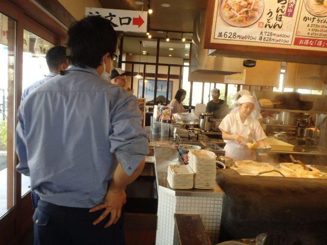 丸亀製麺        西宮前浜店_c0118393_10560330.jpg