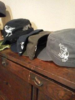 MotherTreeさん展示会【おかえり。】関西つうしんでの展示は11月3日(日)迄!インコと鳥の雑貨展始まりました_d0322493_00093648.jpg