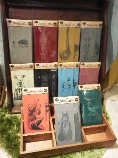 MotherTreeさん展示会【おかえり。】関西つうしんでの展示は11月3日(日)迄!インコと鳥の雑貨展始まりました_d0322493_00103305.jpg