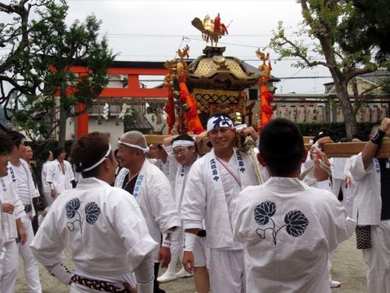 久我神社秋祭り 神輿渡御_e0048413_21480588.jpg