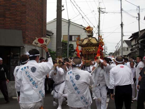 久我神社秋祭り 神輿渡御_e0048413_21481436.jpg