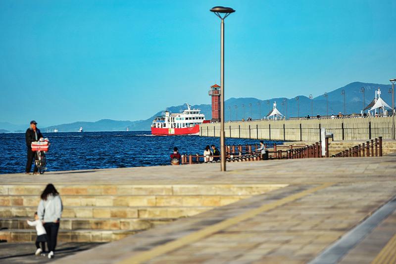海岸散歩 2019 高松港界隈_d0246136_01125876.jpg
