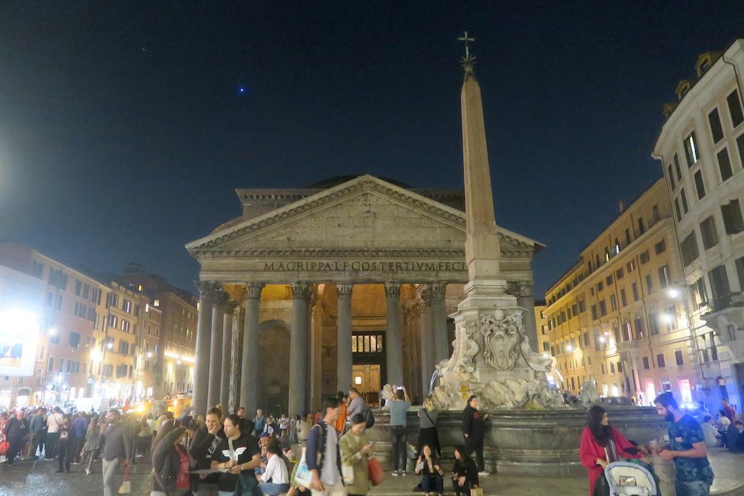 夜も美しパンテオン、ローマ_f0234936_67024.jpg