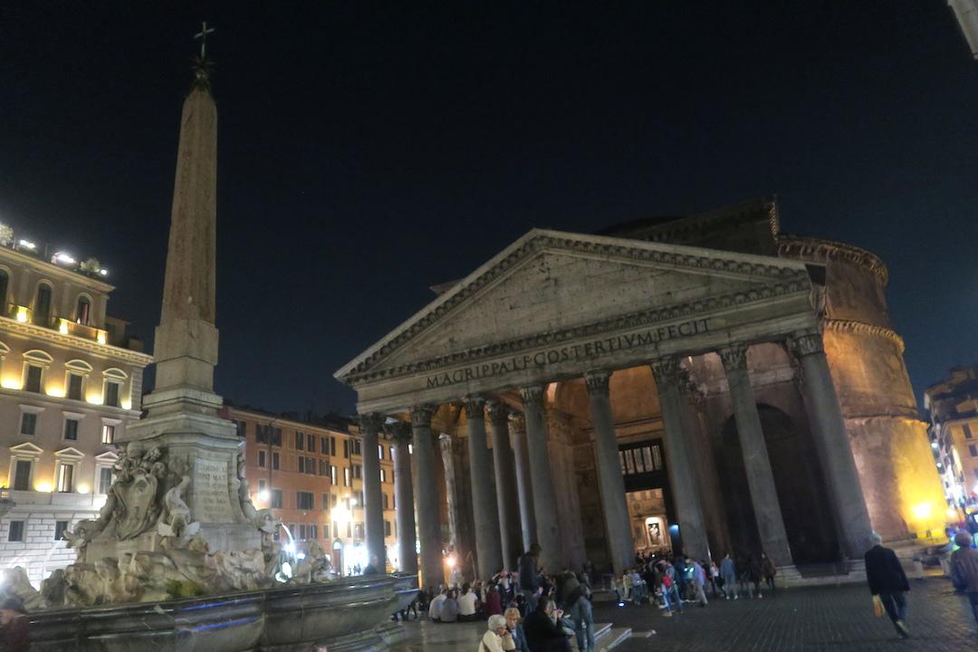 夜も美しパンテオン、ローマ_f0234936_7113031.jpg