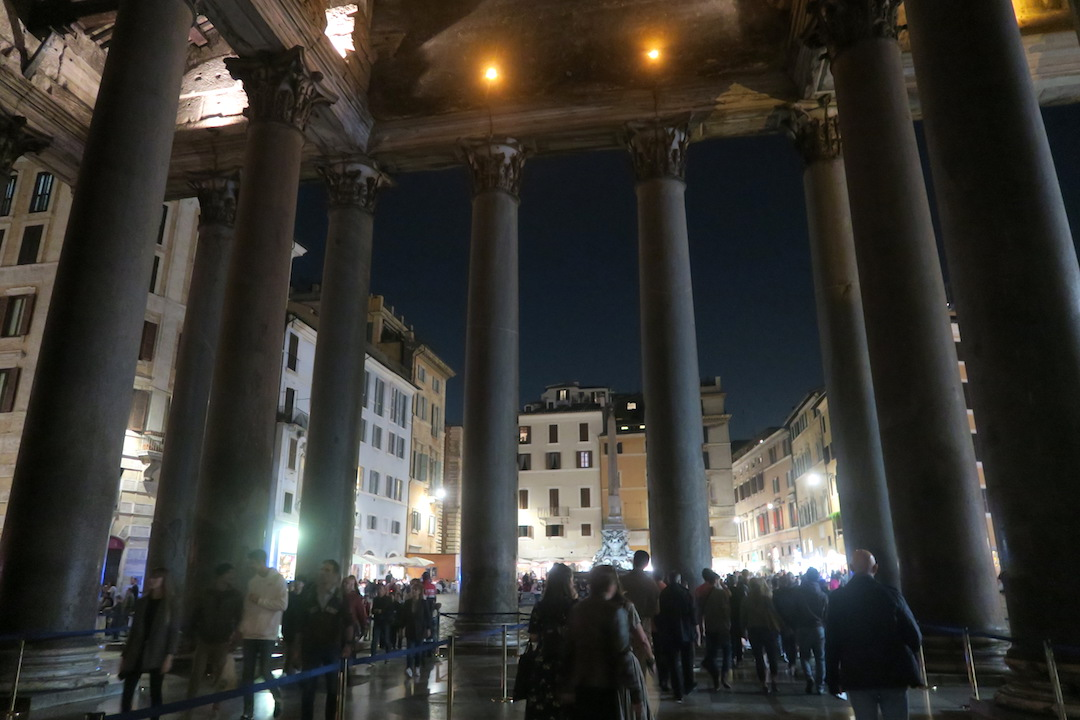 夜も美しパンテオン、ローマ_f0234936_735139.jpg