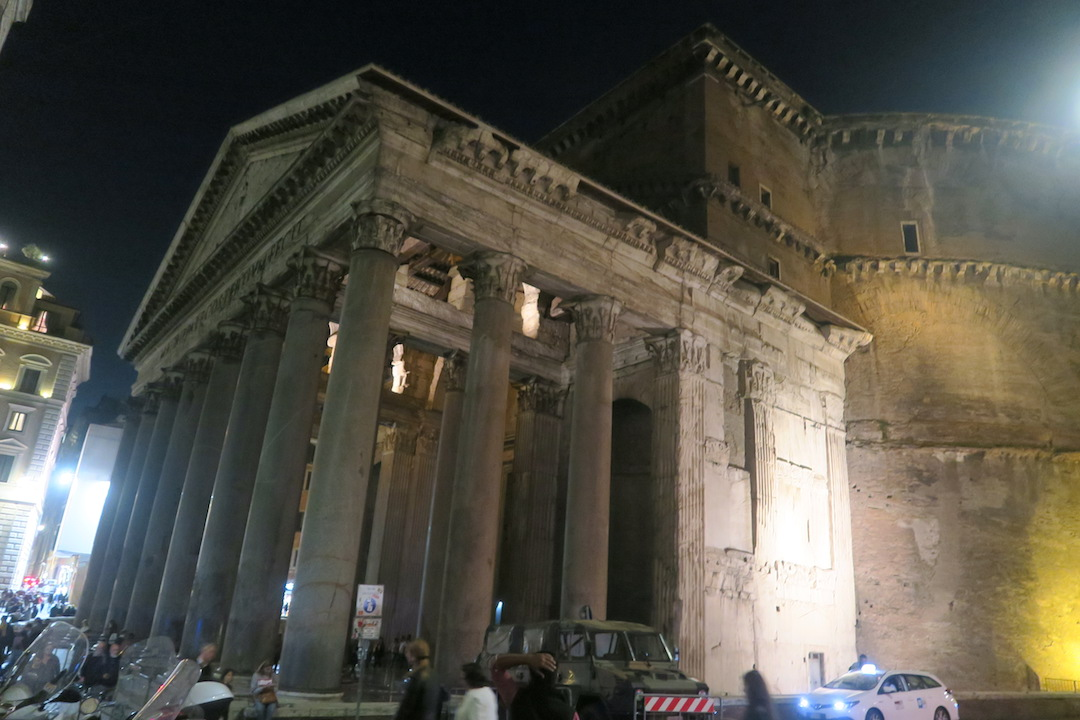 夜も美しパンテオン、ローマ_f0234936_752770.jpg