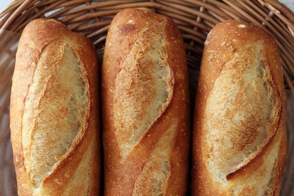フランスパンの練習_a0165538_11091068.jpg
