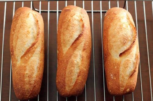 フランスパンの練習_a0165538_11091454.jpg