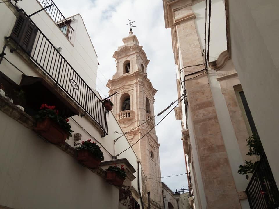 アルベロベッロのお隣りノーチの町_b0305039_04280221.jpg