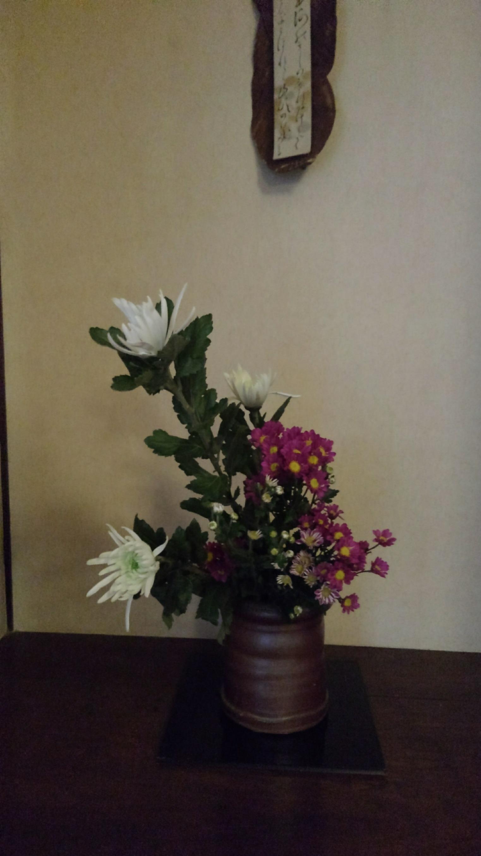 邸内に生けられた花 10月_d0344754_19113509.jpeg