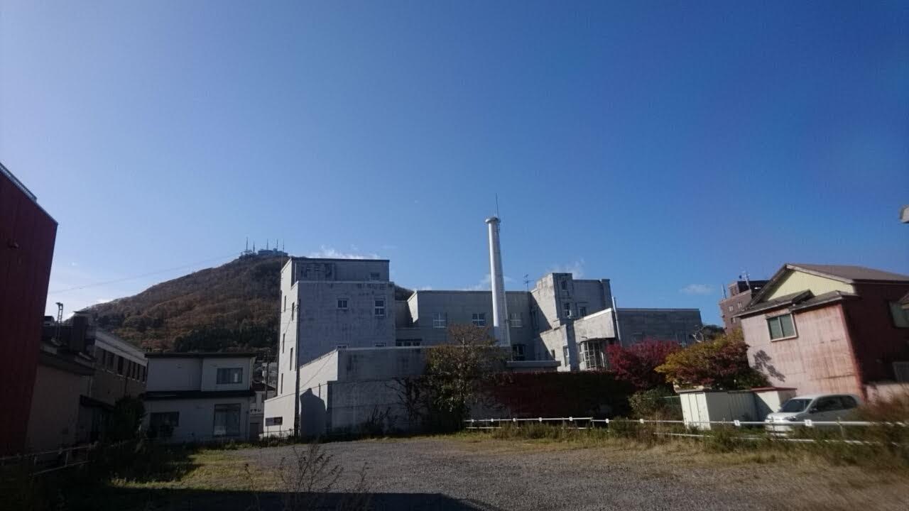 函館元町散策。煙突のある風景_b0106766_14195755.jpg