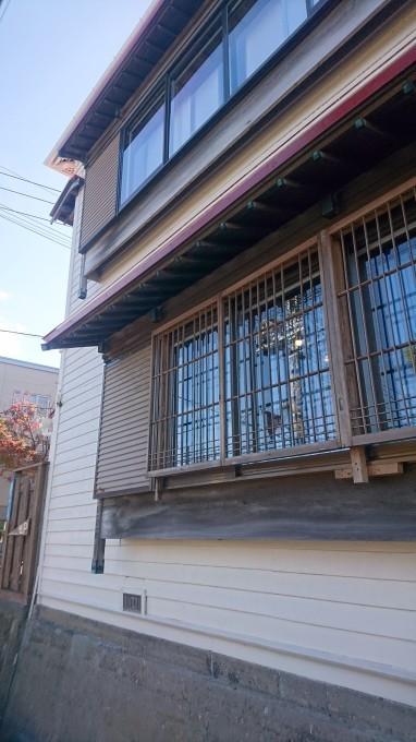 函館元町のお洒落な建物_b0106766_16253723.jpg