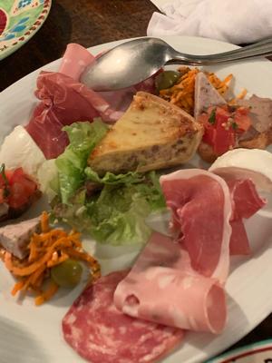 久しぶりに、イタリアンを楽しんでます。_f0134268_18522568.jpg